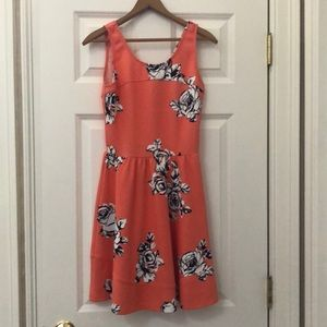 Love...Ady floral apricot dress